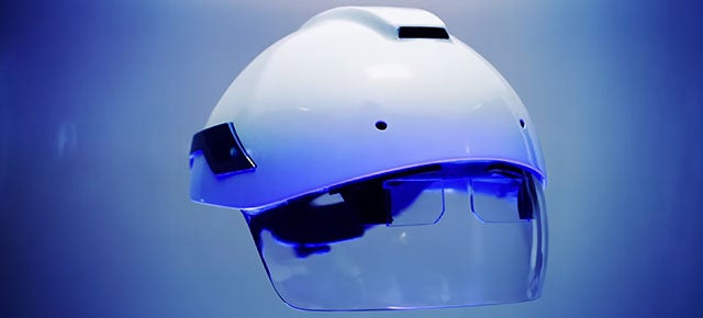 The Daqri Smart Helmet Wants to Put Augmented Reality to Work