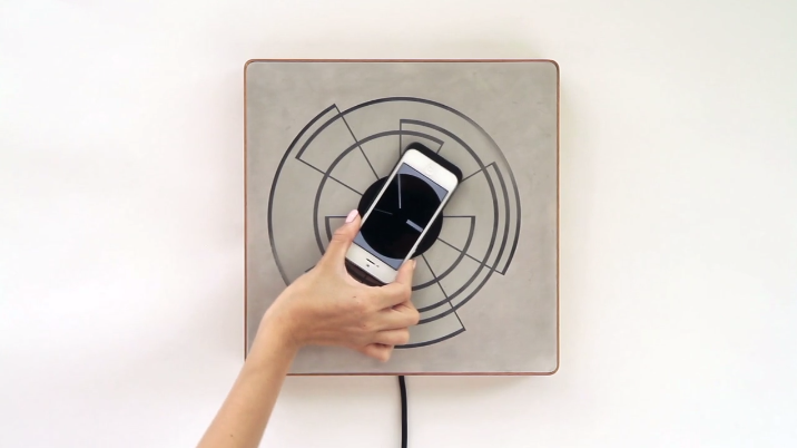 This Inductive Charger Makes Powering Up Your iPhone Beautiful