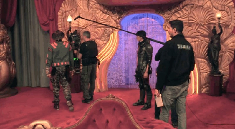 Behind-the-Scenes Video Gives Us Our First Glimpse of Valerian in Action