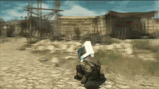 You Can Wear A PS4 Box In Metal Gear Solid V