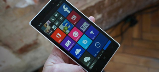 Lumia 730 and 830 Hands-On: Windows Phone on a Budget