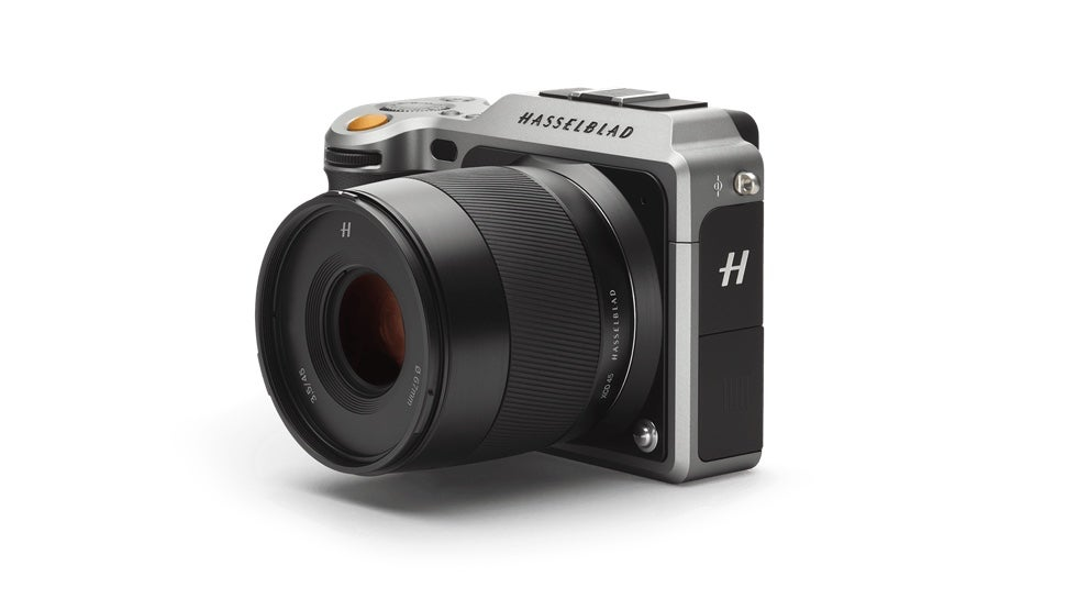 Hasselblad's $12,000 Mirrorless Camera Is Utterly Absurd