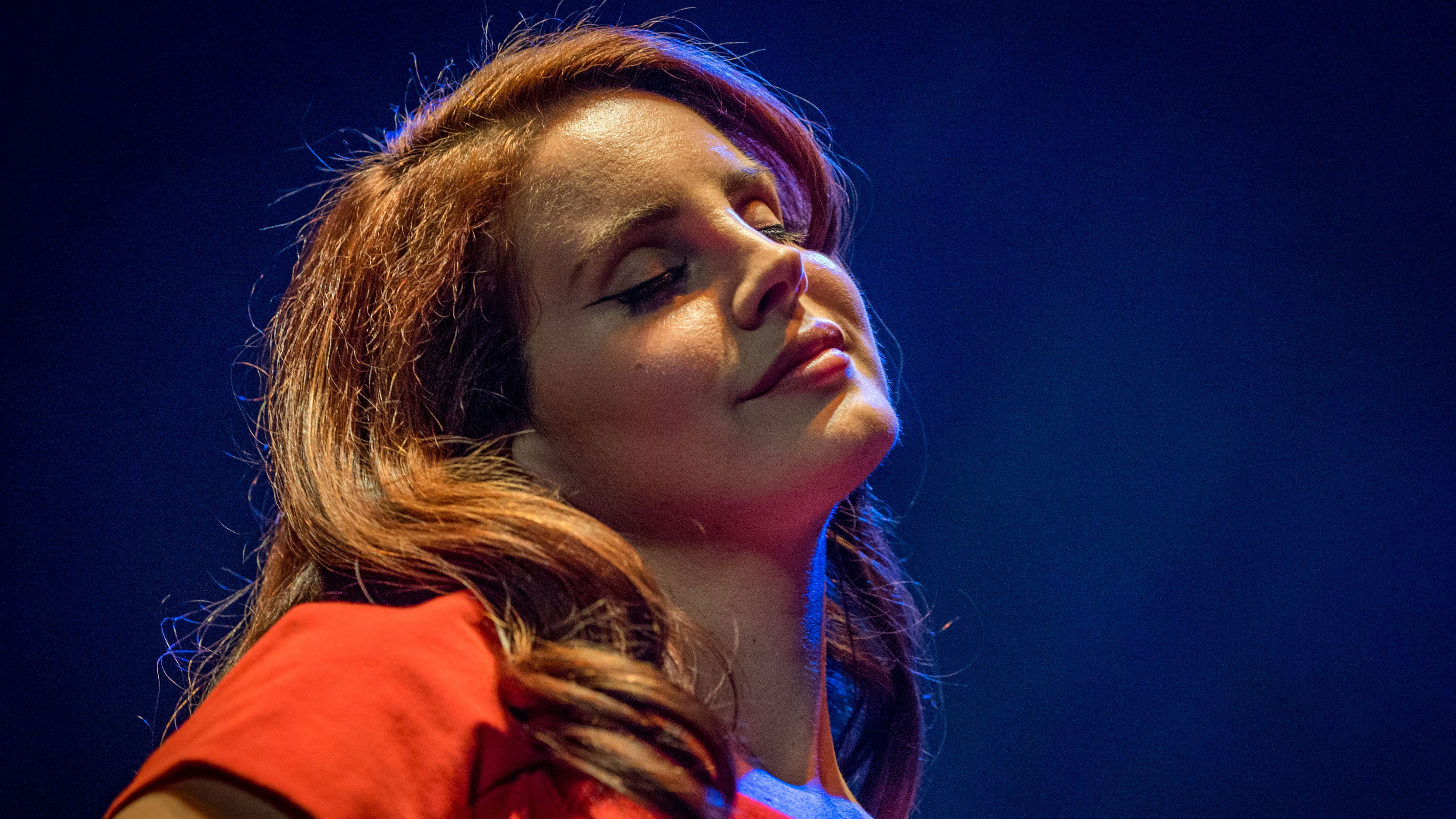 Lana Del Rey Totally Cast A Spell On Donald Trump