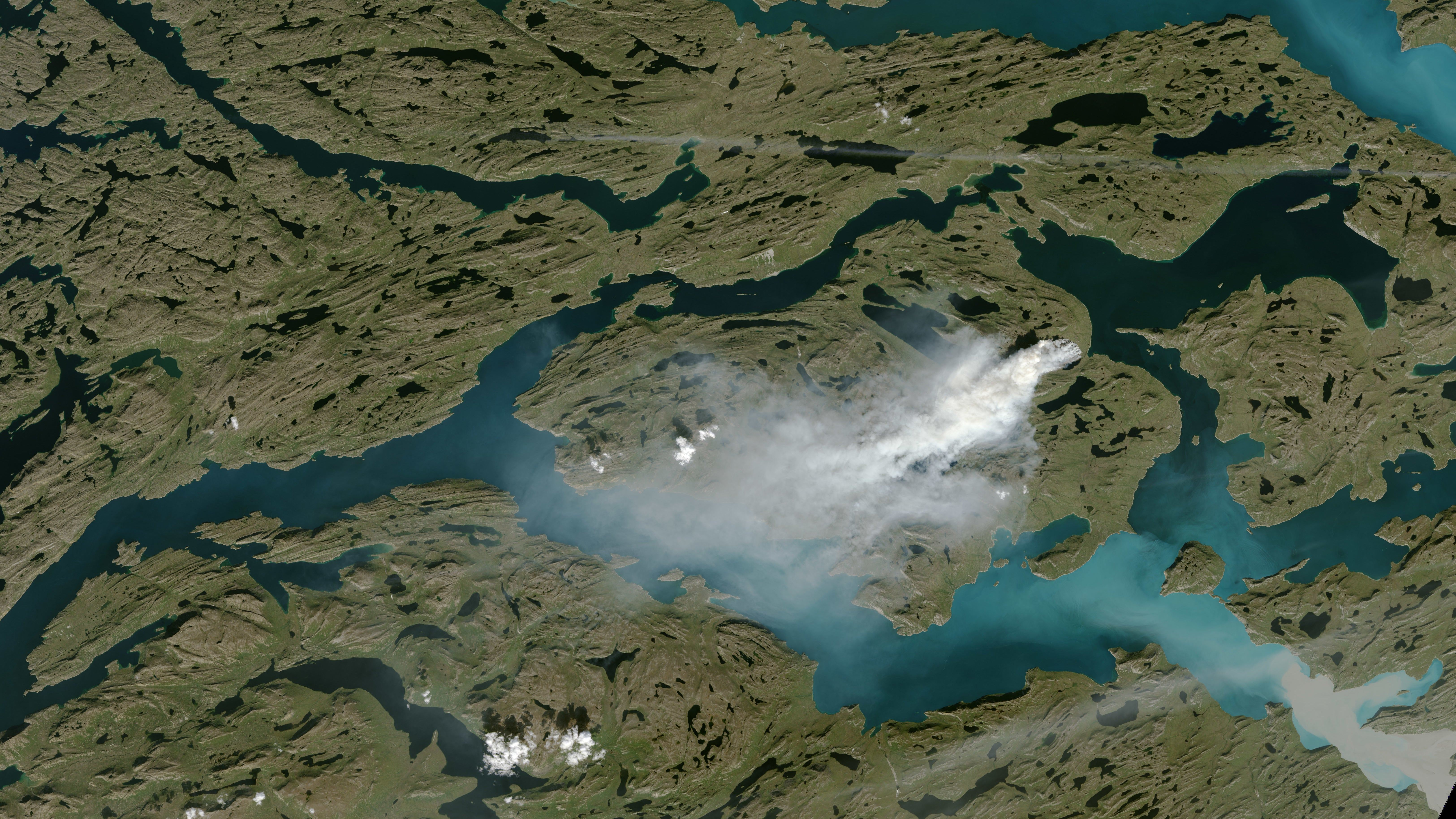 There's A Freakishly Large Fire Blazing Across Western Greenland