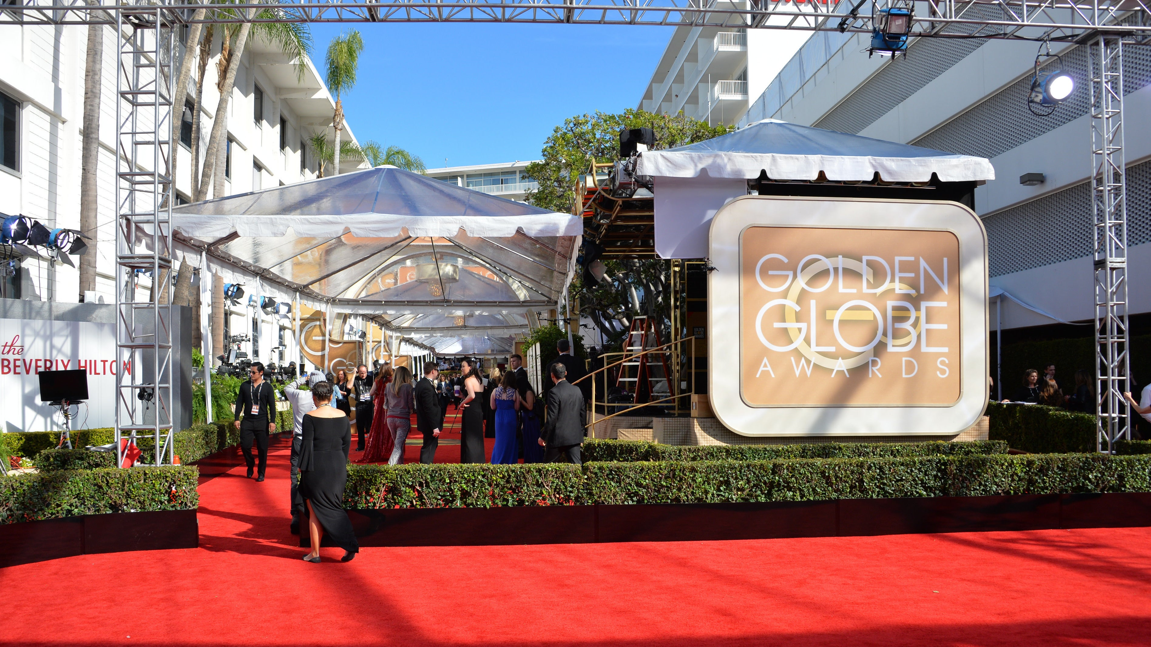 How To Watch The Golden Globes Without Cable