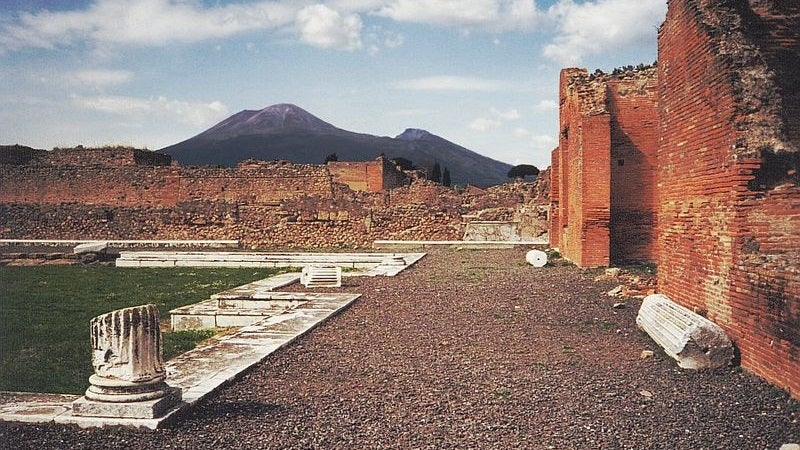 We Might Finally Be Able to Read Ancient Scrolls Damaged By Vesuvius Eruption