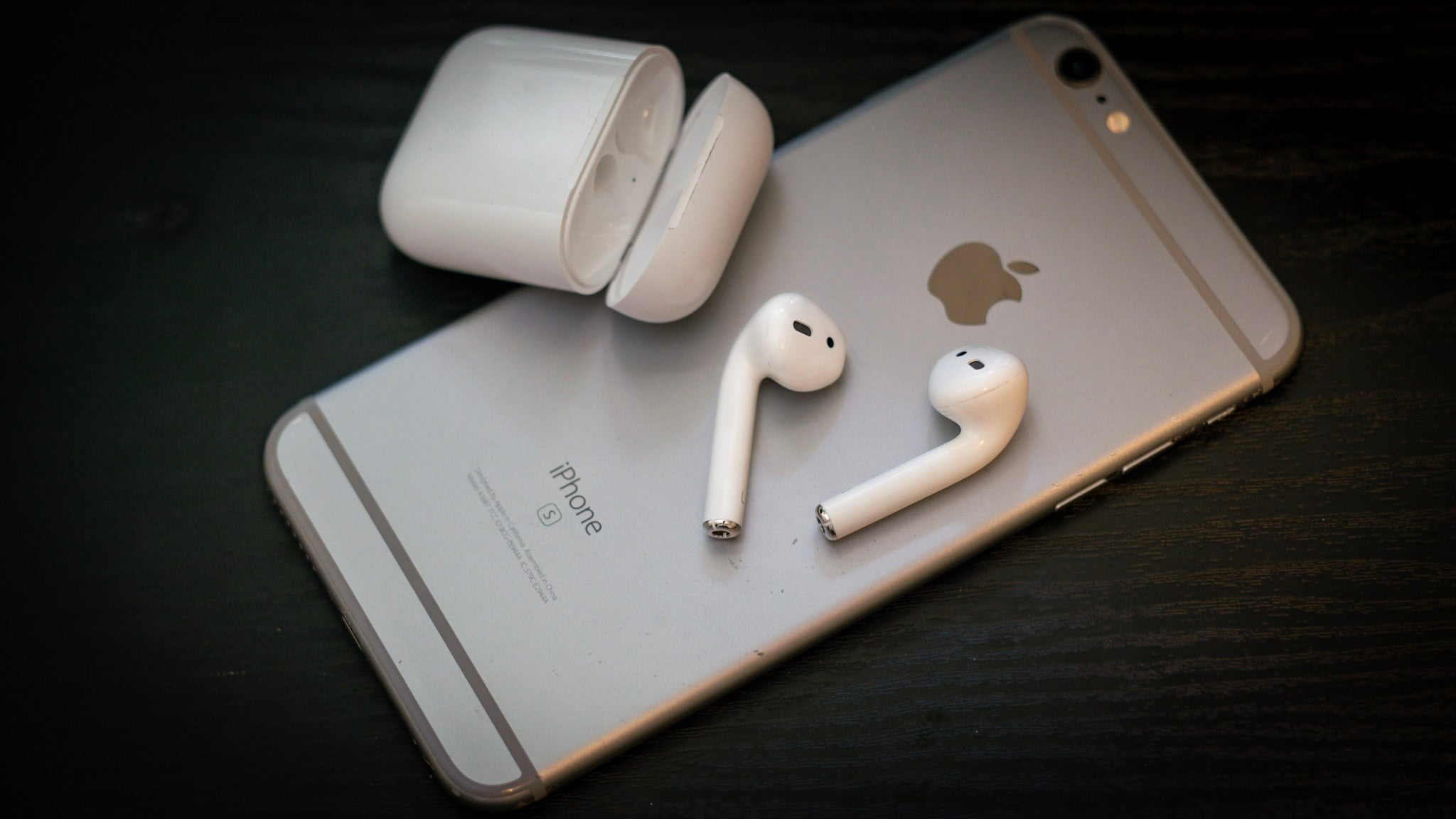 Try These Advanced Tips For Your Apple AirPods