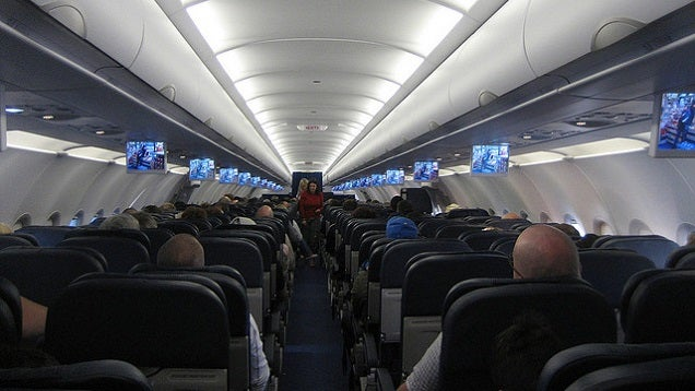 Two Steps You Can Take to Avoid Germs on an Aeroplane