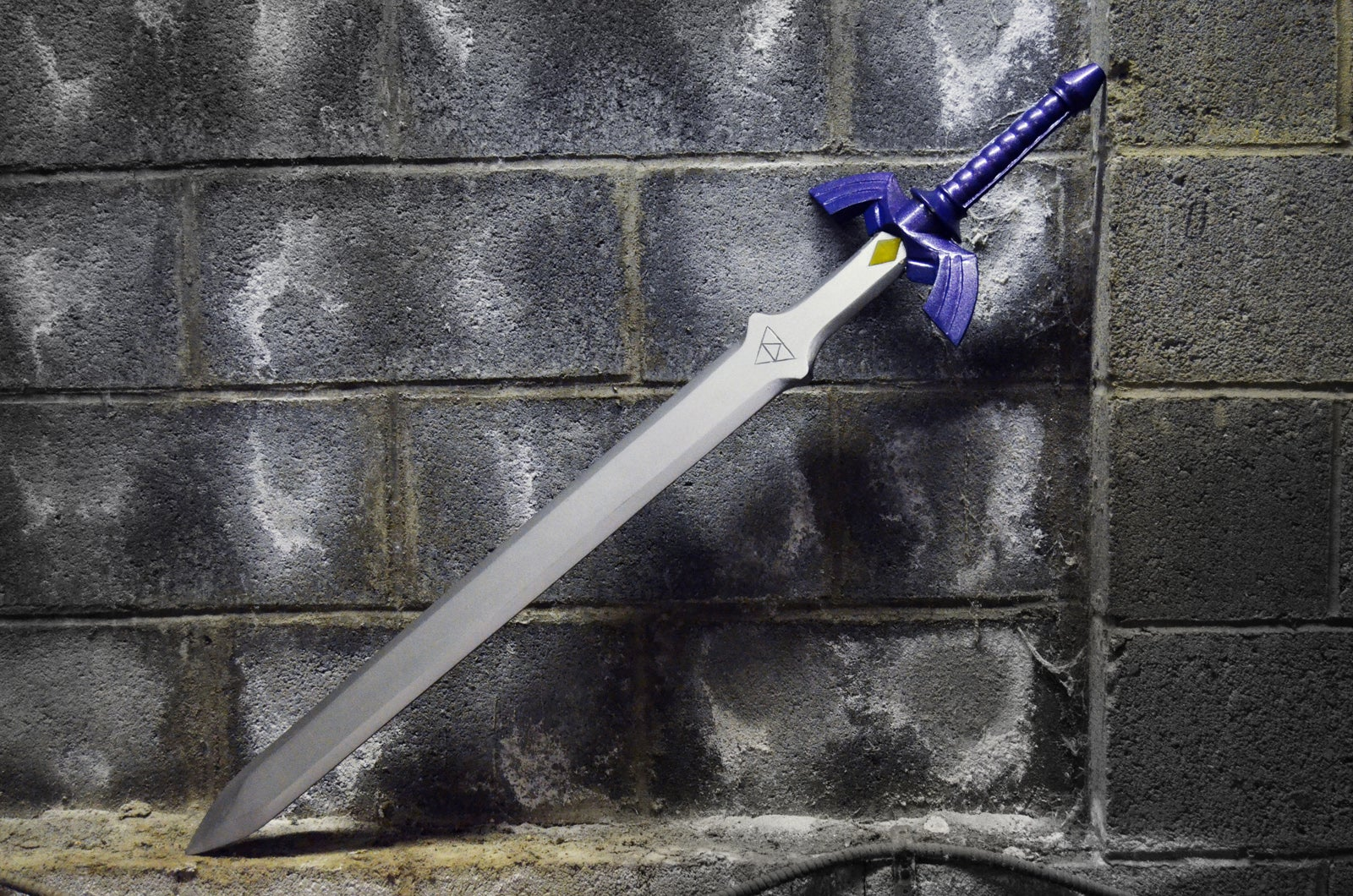 Five Months Later, This Guy Has a Pretty Sweet Legend of Zelda Sword
