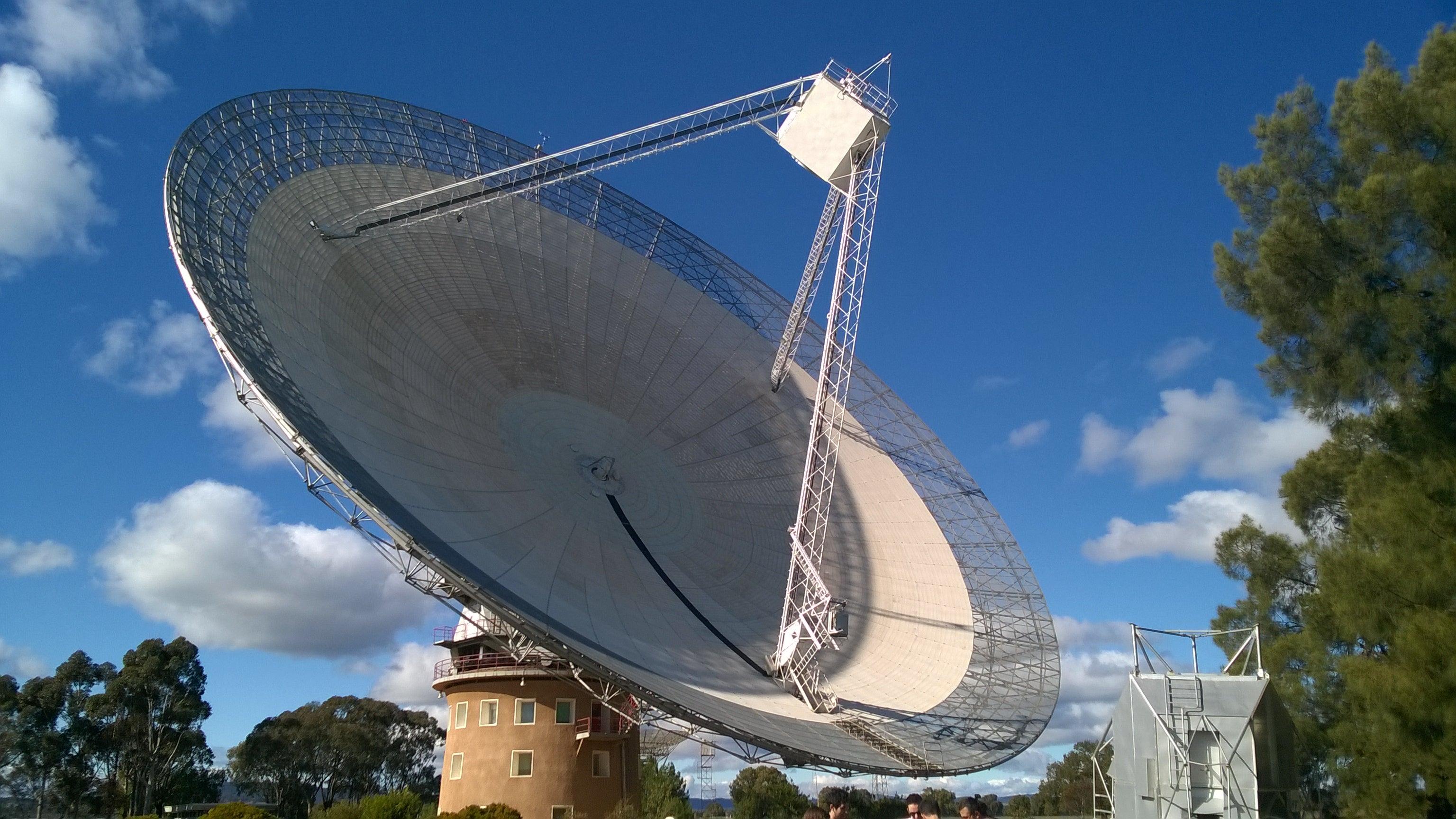 The Newest Cosmic Radio Burst Has Stumped Scientists
