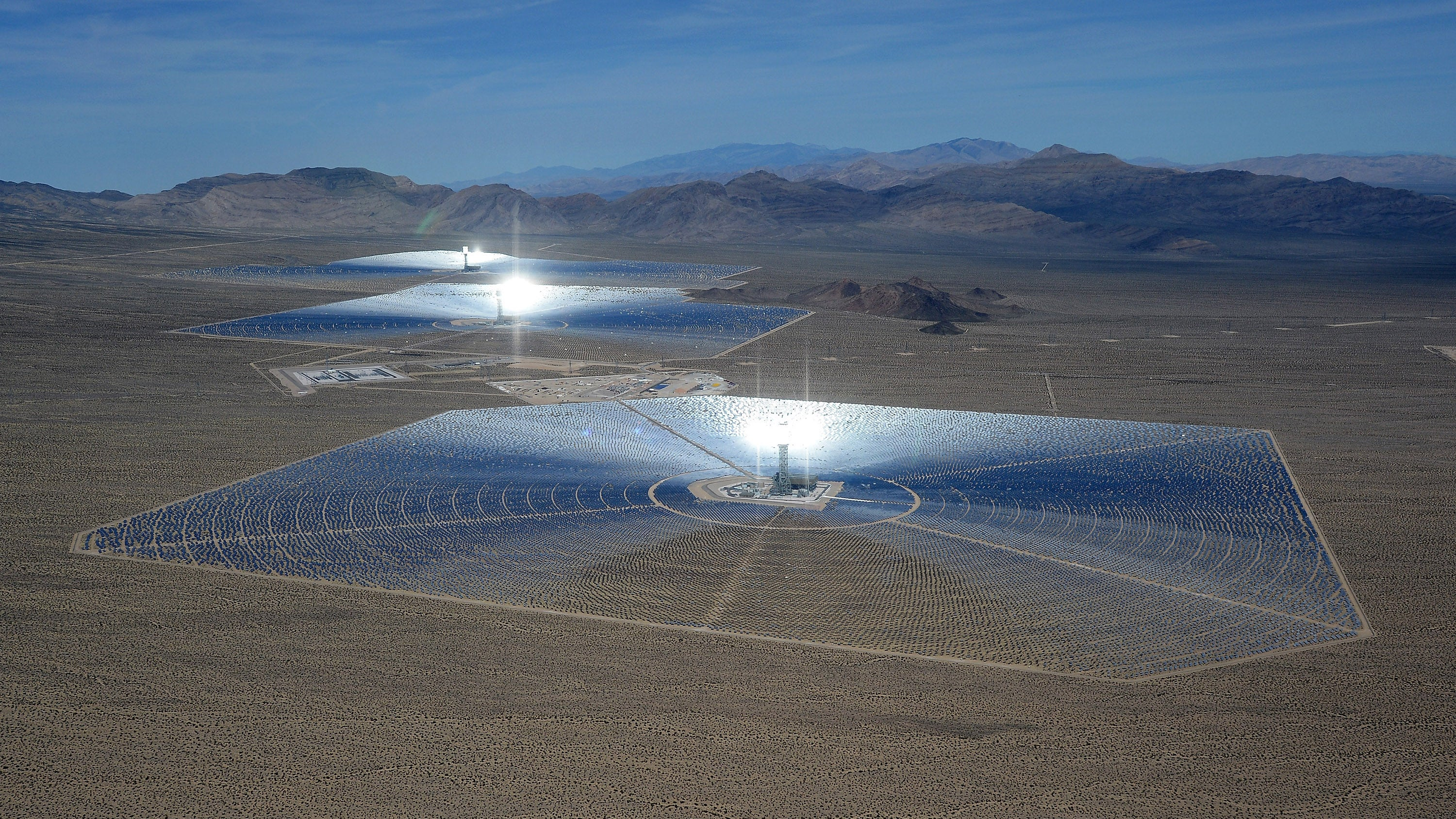How the World's Largest Solar Plant Wants To Fix Its Fried Bird Problem