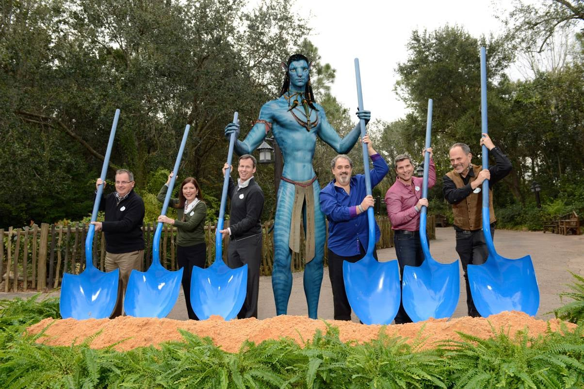 Disney's Avatar Land Shows Why It's So Hard To Keep Epcot Futuristic