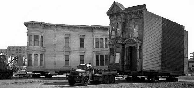 So This Is How You Move a Neighbourhood of Houses Across San Francisco