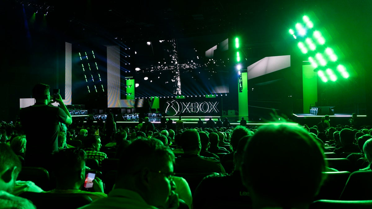 Report Claims Microsoft's Project Scarlett Could Be 4 To 5 Times More Powerful Than Xbox One X