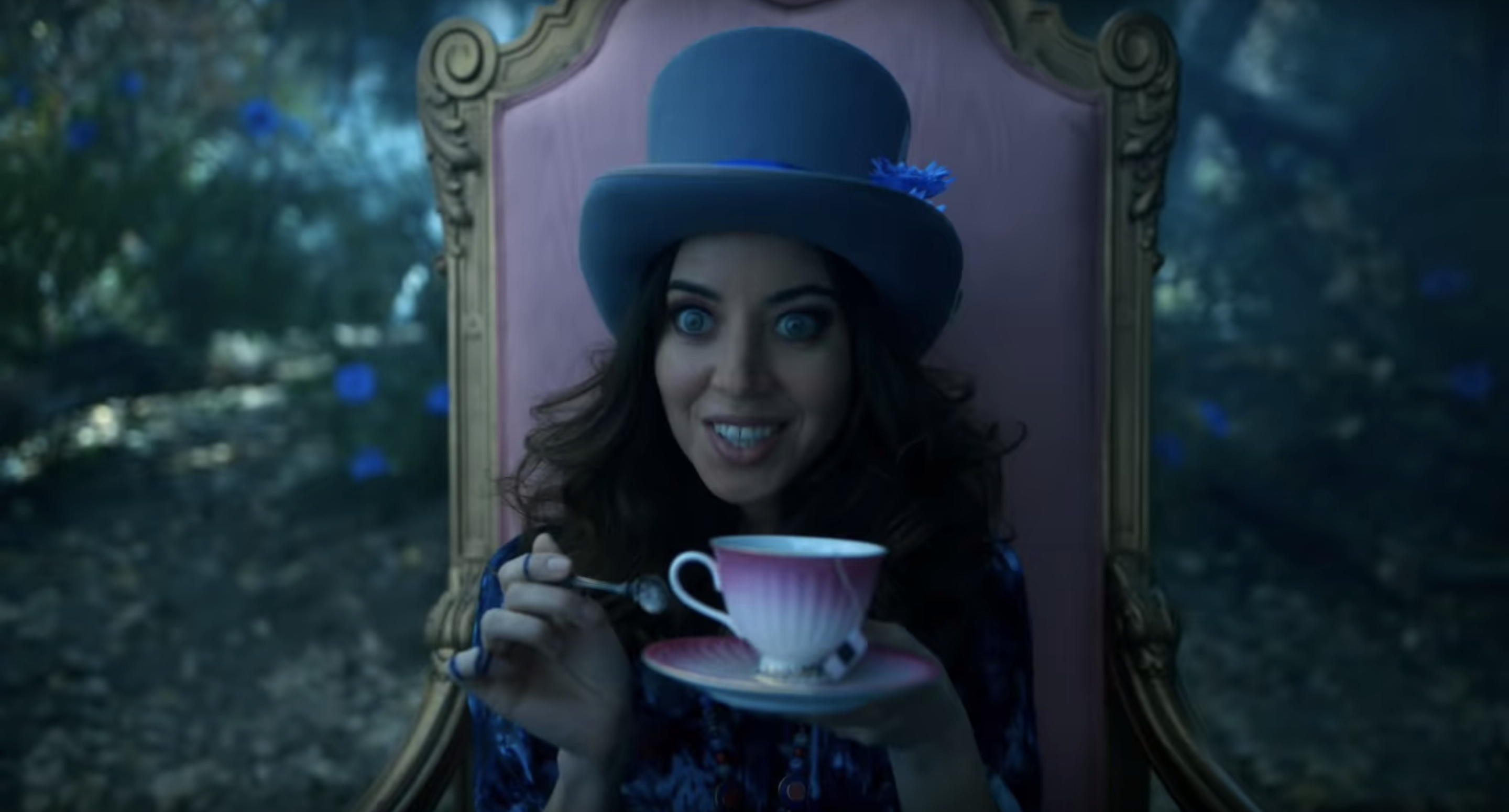 Legion's New Trailer Suggests Season 3 Will Zip Through Some More X-Men History