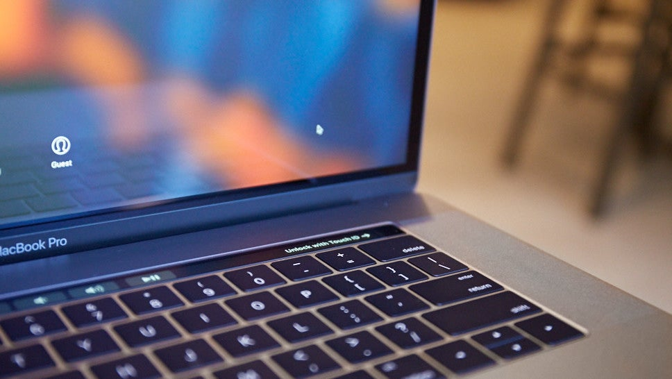 American Air Authority Bans Some Recalled MacBook Pro Models From Flying, Citing Fire Risk