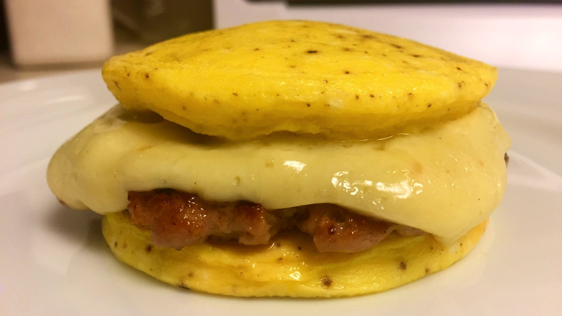 How To Make Jimmy Dean 'Eggwiches'