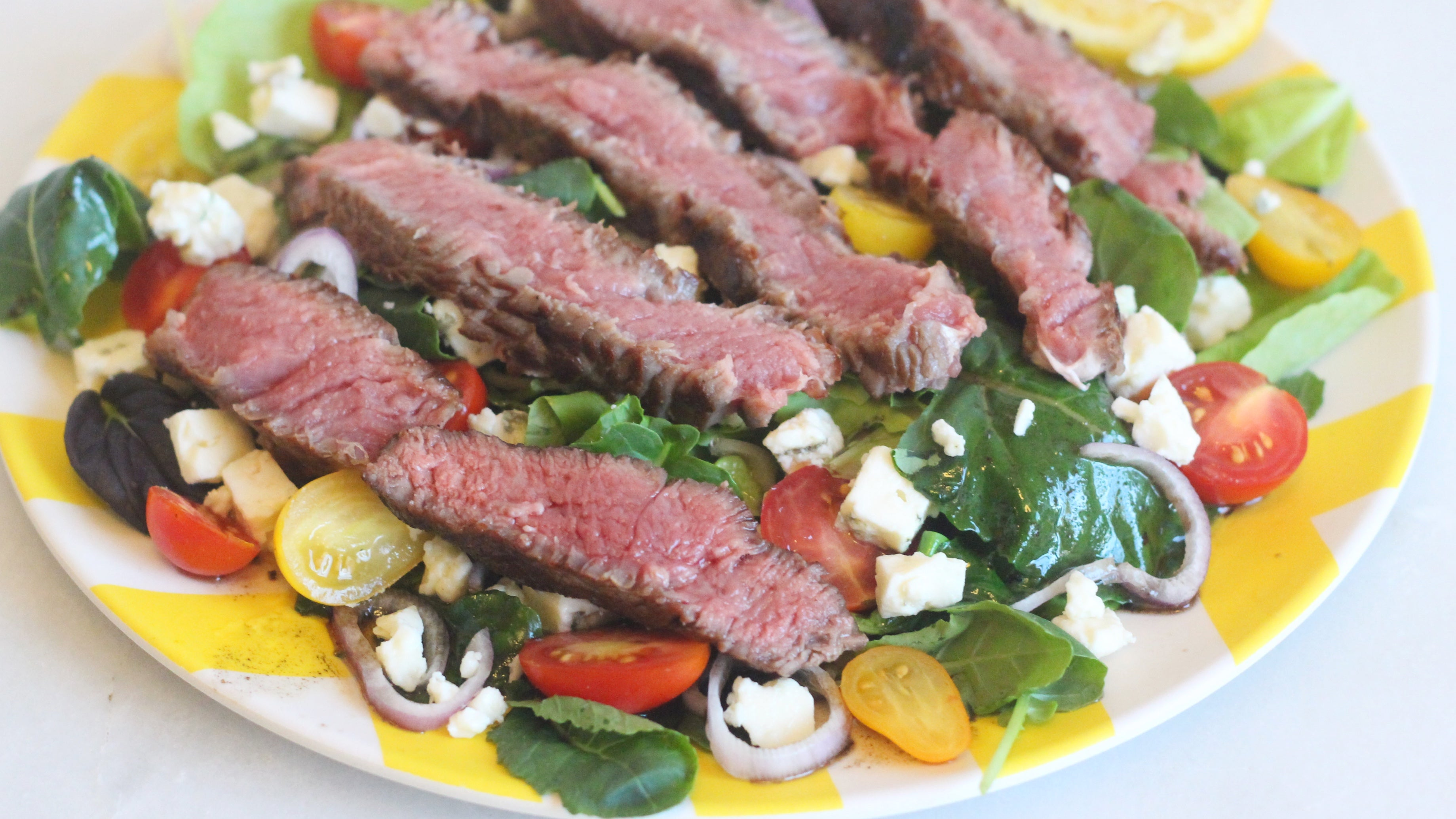 The Best Steak Salad Doesn't Need A Fancy Dressing