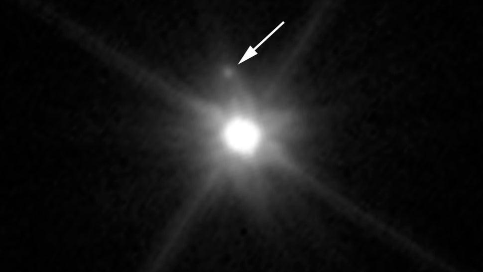 Distant Dwarf Planet Makemake Has Its Very Own Moon