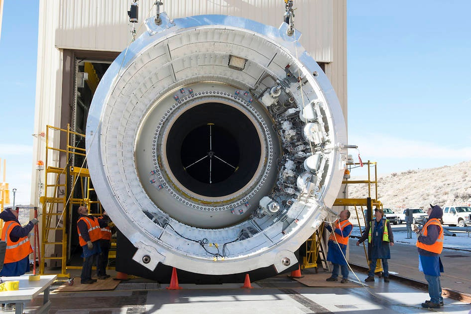 This Is the Rocket Booster That May Put Humans on Mars