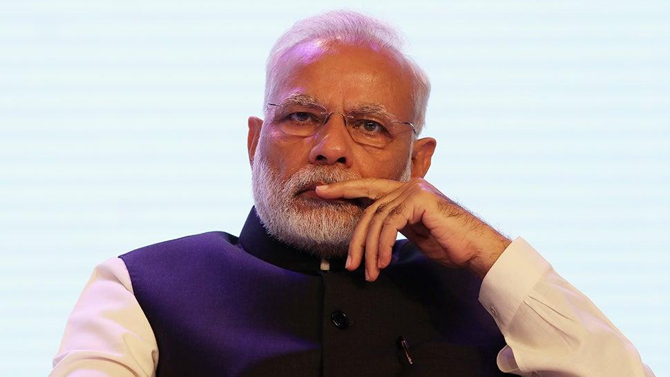 India's Prime Minister Plans For Cashless Society