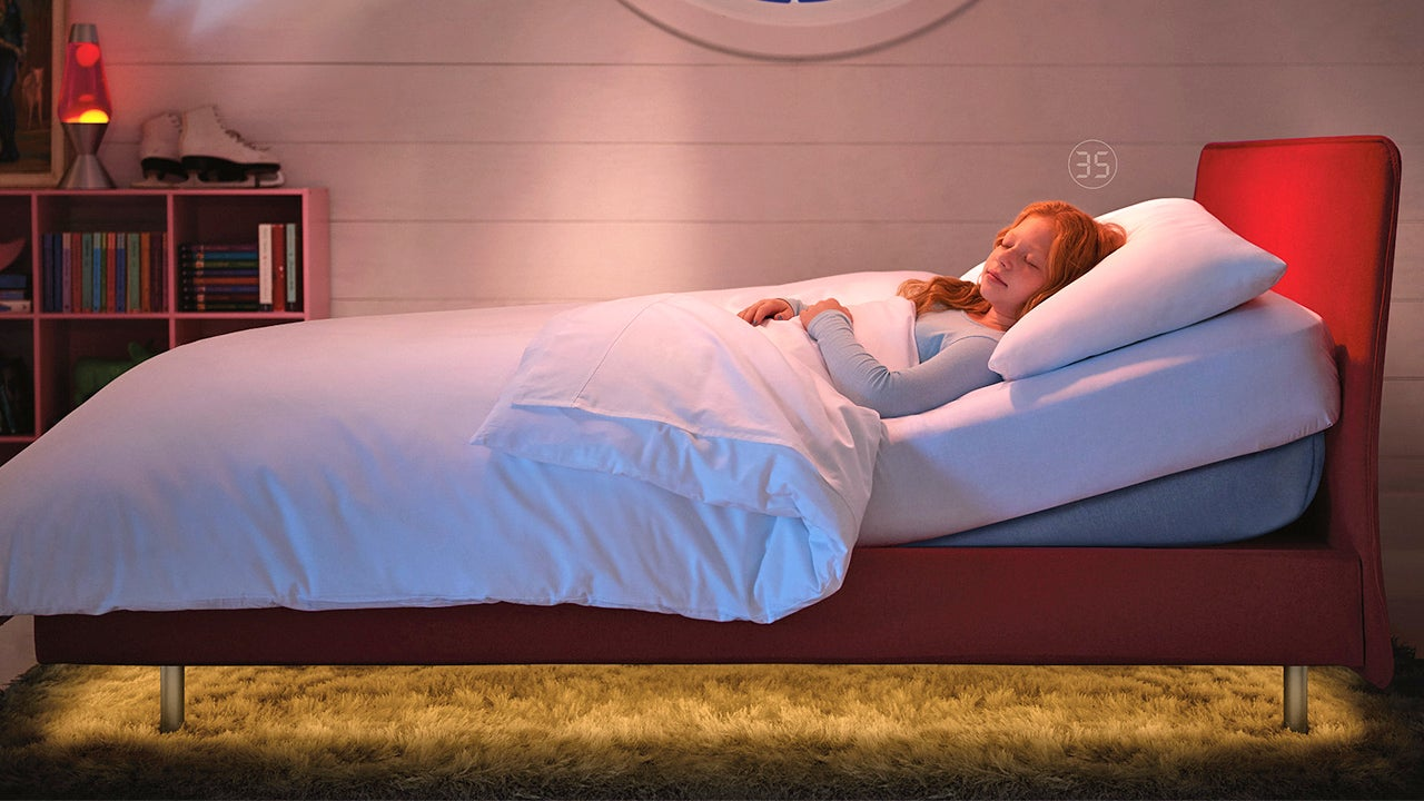 A Kid-Sized Wi-Fi Smart Bed Lets Parents Know When They're Not Asleep
