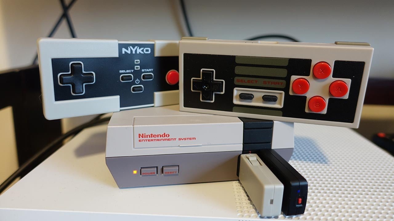 The NES Classic Is So Much Better With A Wireless Controller