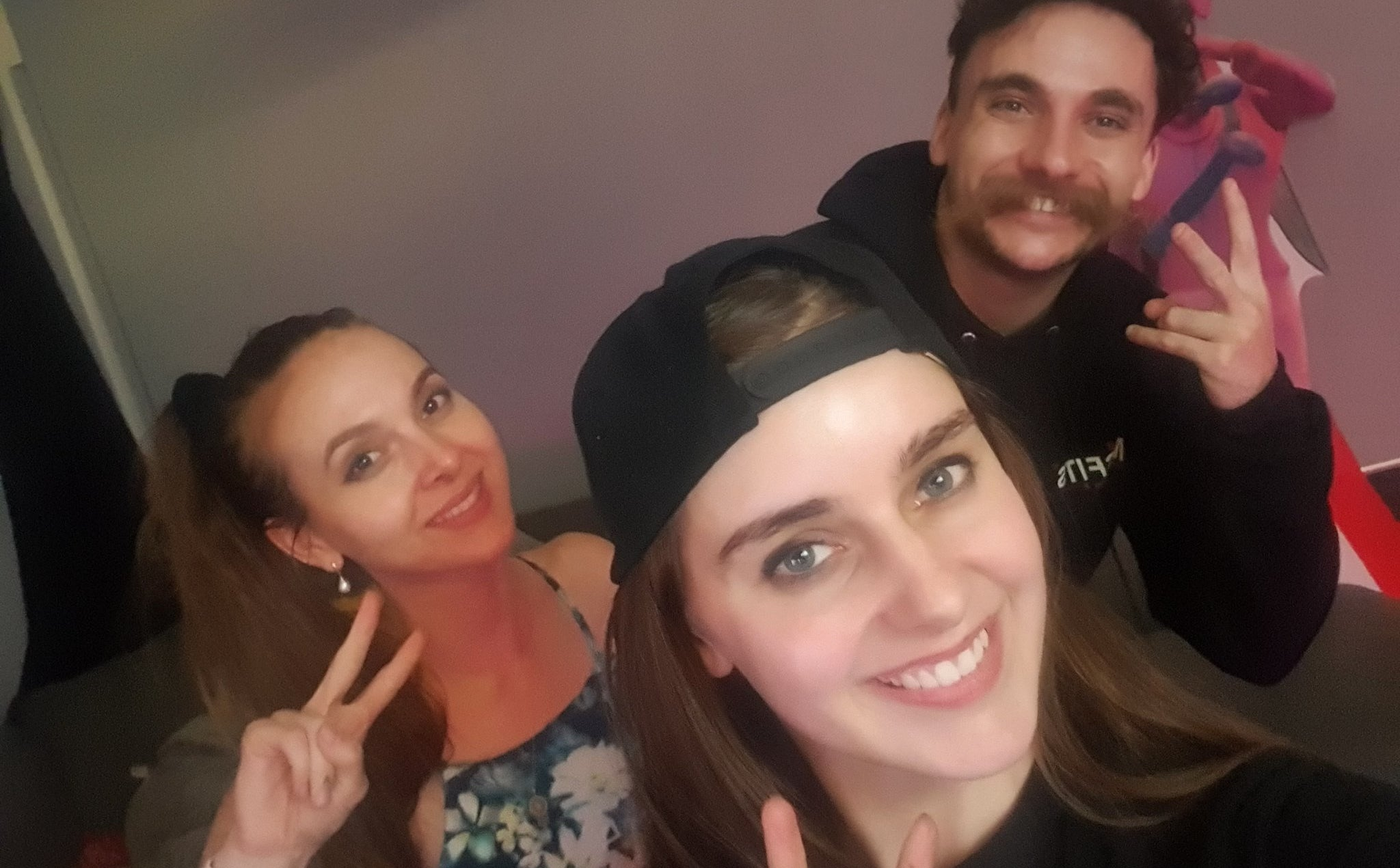 Twitch Streamers Raise Hundreds Of Thousands Of Dollars To Fight Australian Bushfires