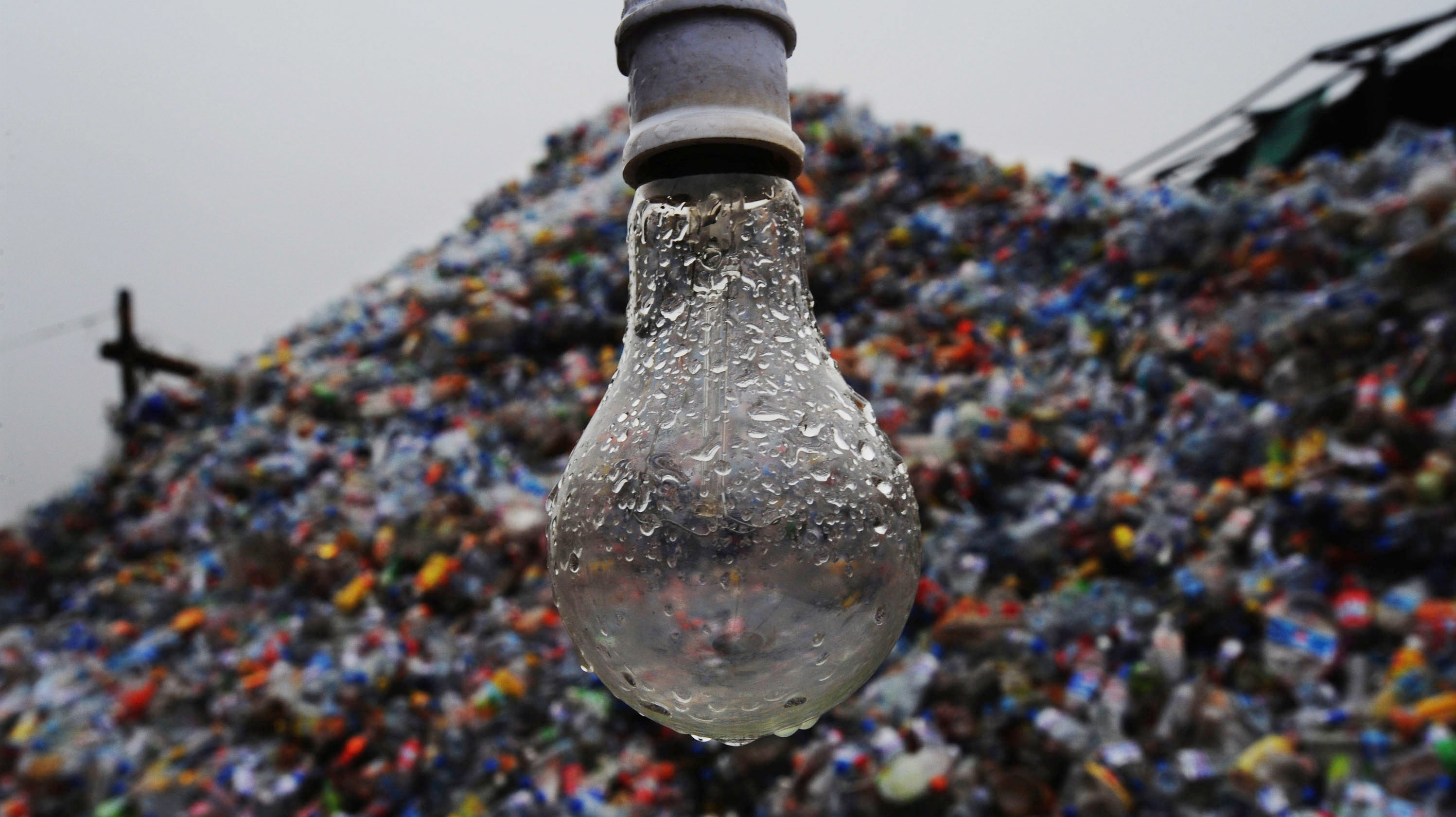 Why You Shouldn't Recycle Glass That Isn't A Bottle Or Jar