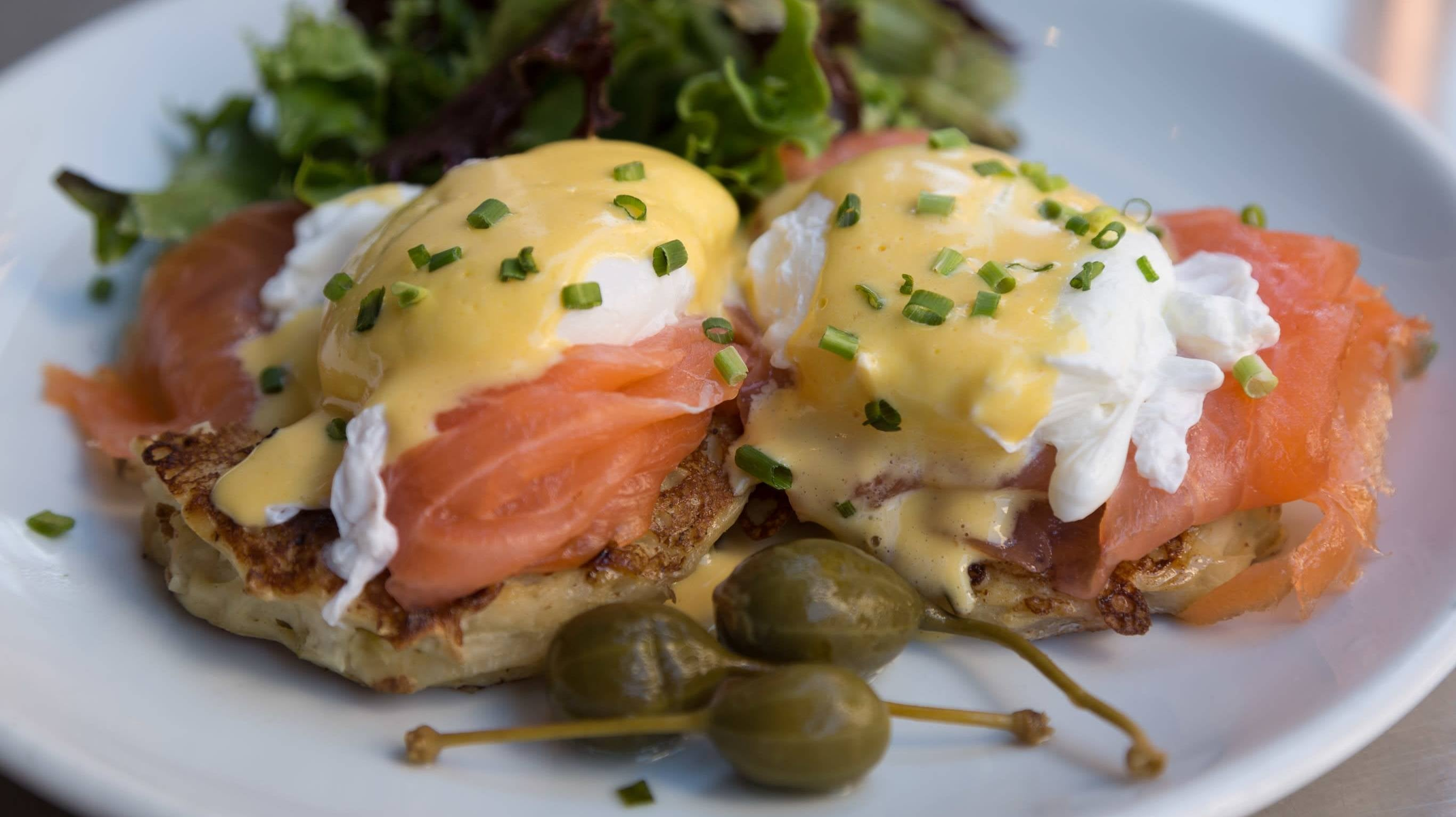 Make Hollandaise Sauce The Easy Way With An Immersion Circulator