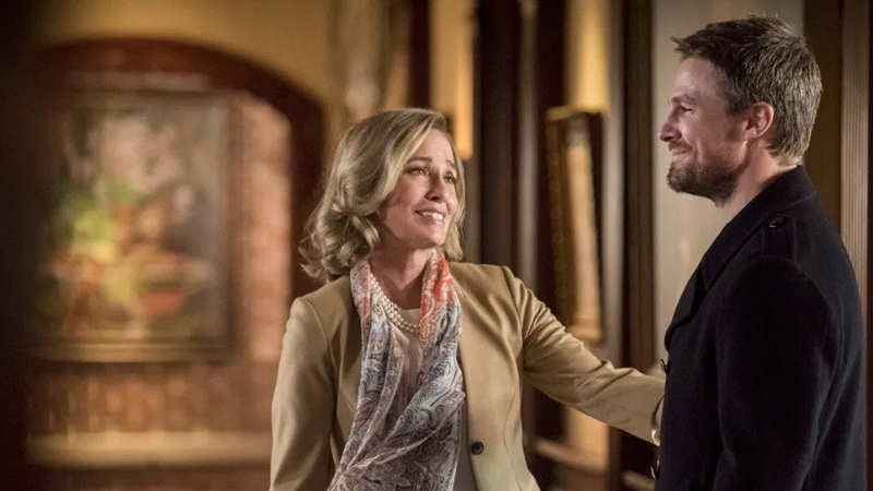 Arrow's End Began With A Reminder Of How Far The Arrowverse Has Come