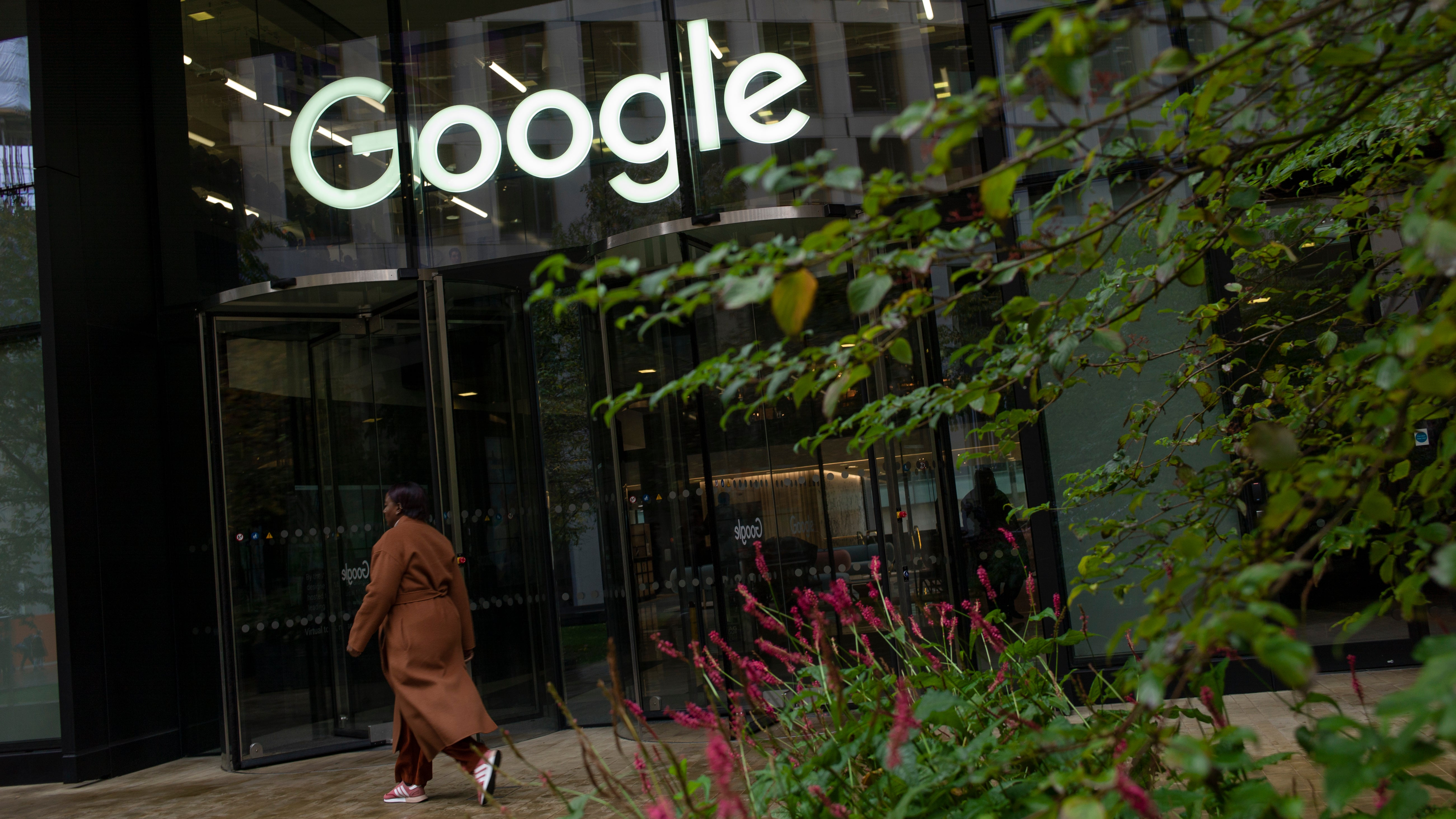 A Disturbing Complaint Against Google Tests Its Promise To Allow Employees To Sue