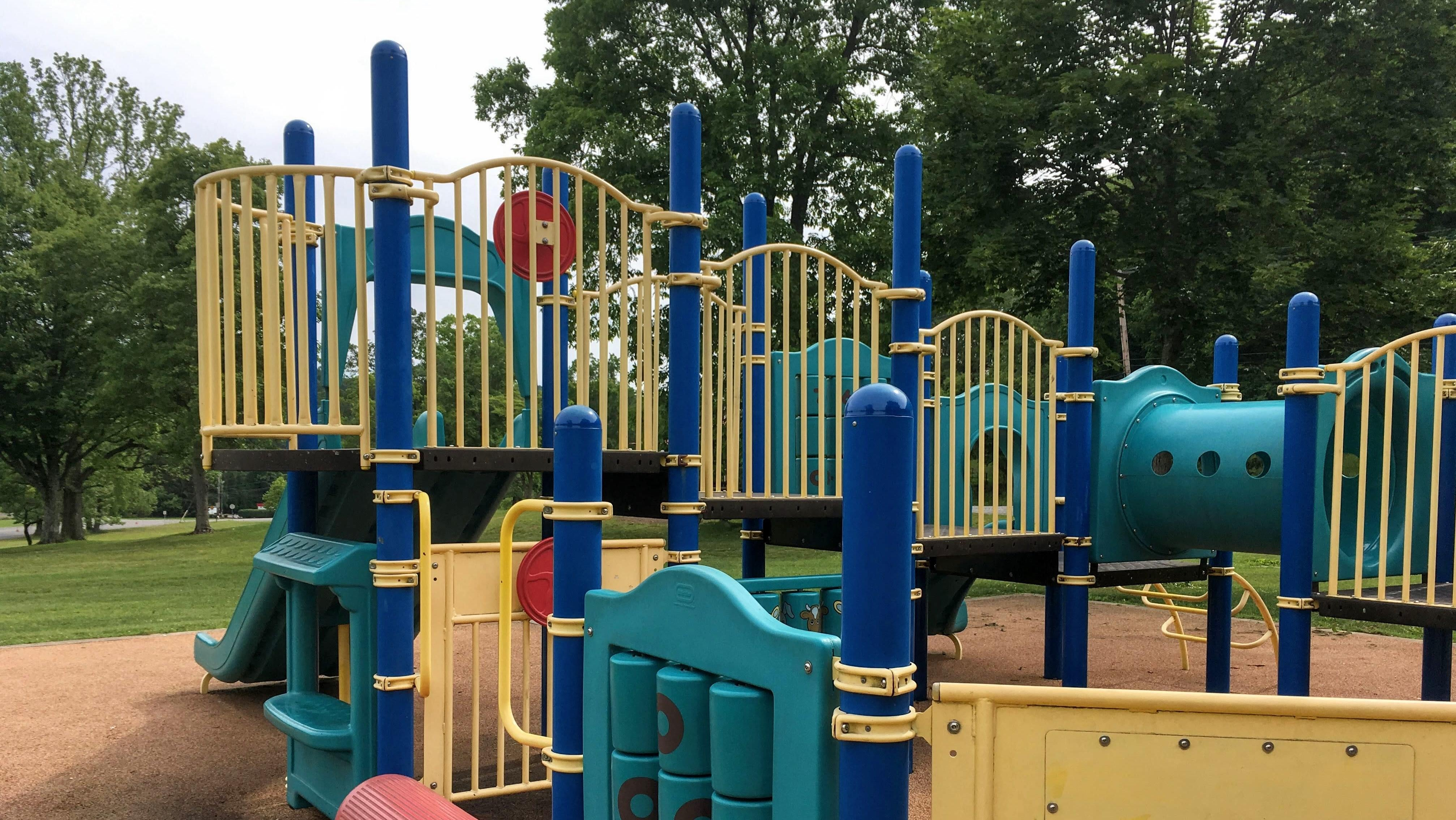 Do Easier Versions Of Pull-ups And Pushups At The Playground