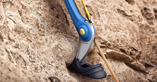 This Prosthetic Is Designed Especially For Rock Climbers