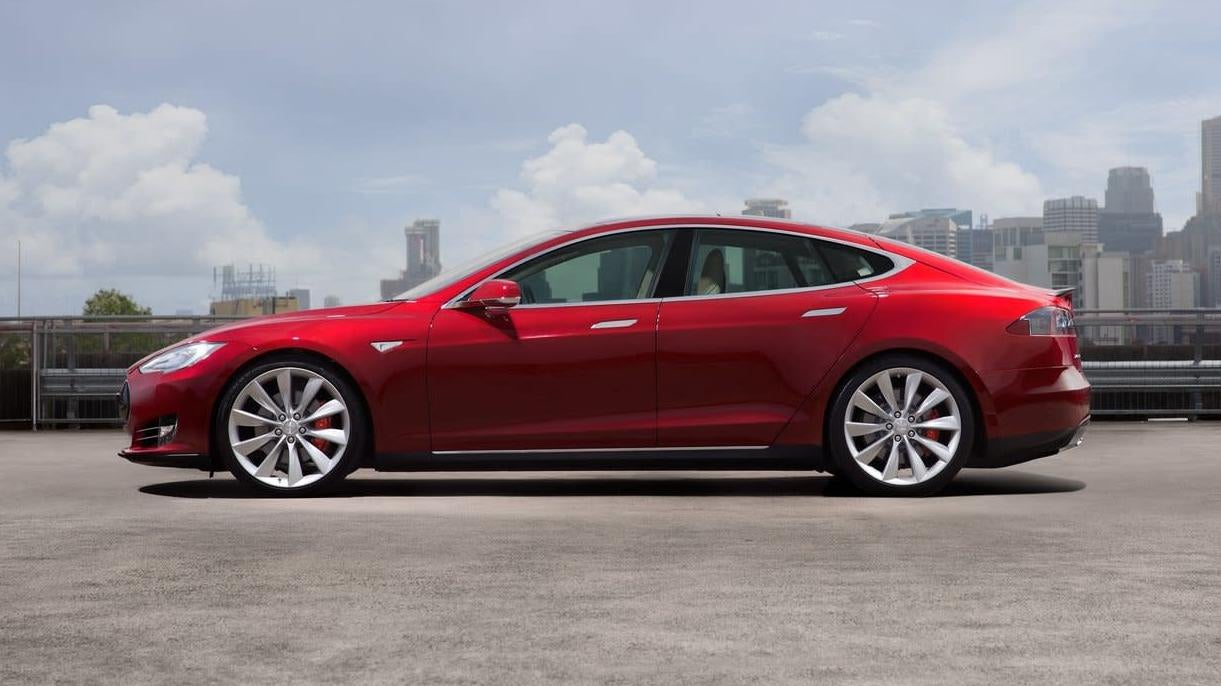 Door Handles Blamed For Driver's Death In Tesla Model S Fire