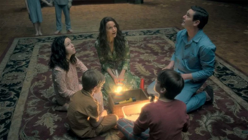 Haunting Of Hill House Will Get Extended Director's Cuts On Blu-Ray