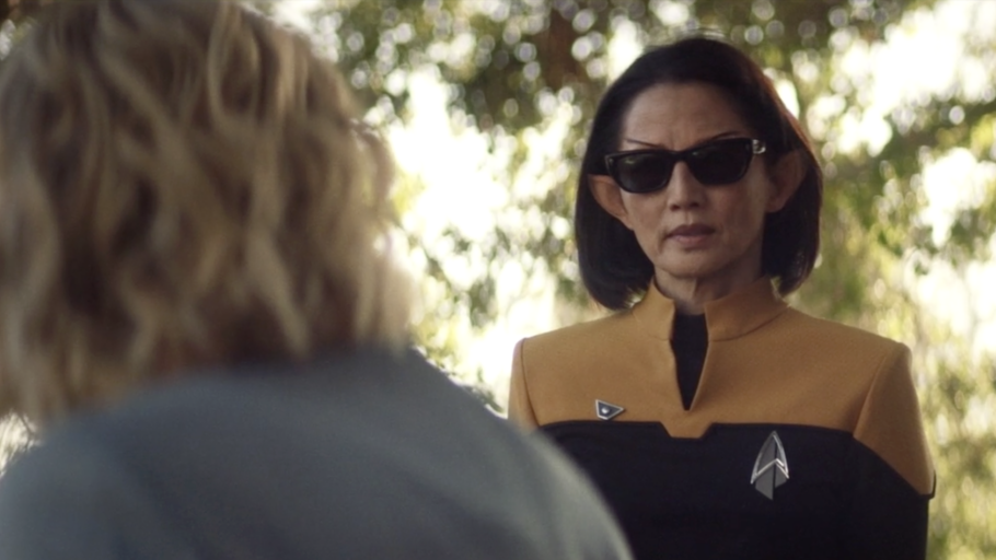 Star Trek: Picard's Showrunner Opens Up About The Sunglasses And Swears