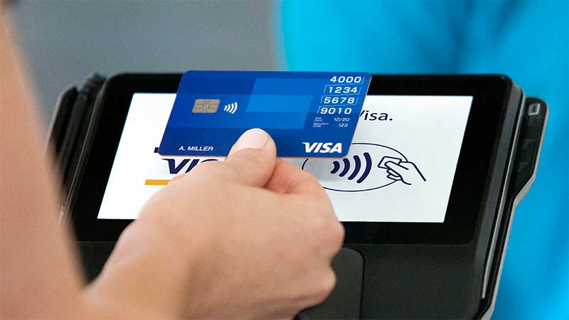 Japanese Clerk Allegedly Stole Over 1,300 Credit Cards By Instantly Memorising All The Numbers
