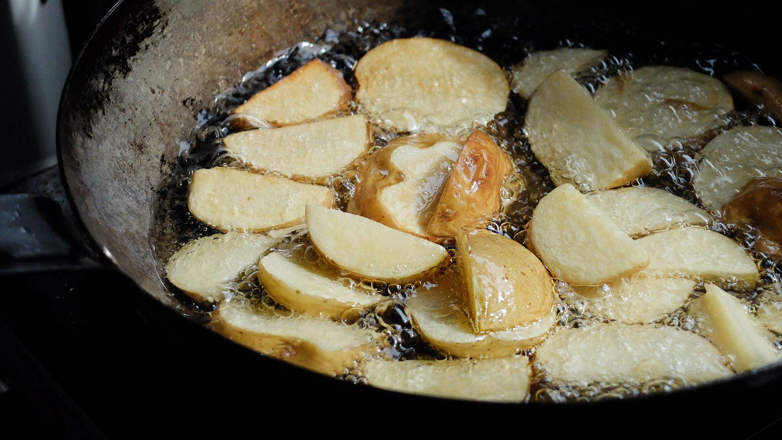 Render Poultry Scraps For Delicious Cooking Fat