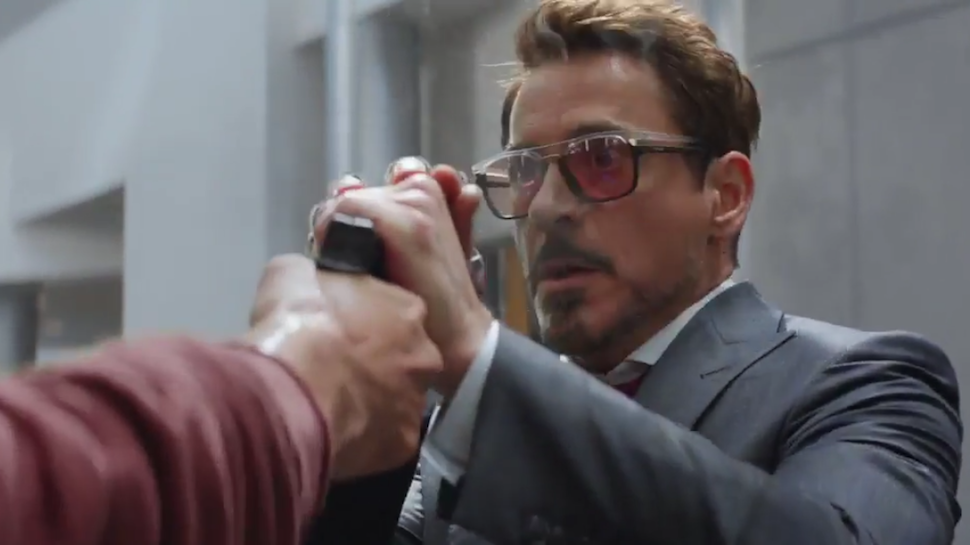 In Captain America: Civil War Tony Stark Uses a Cheap Arse Phone Only Sold in China