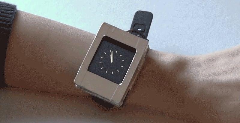 A Multi-Screen Smartwatch Might Actually Be a Brilliant Idea