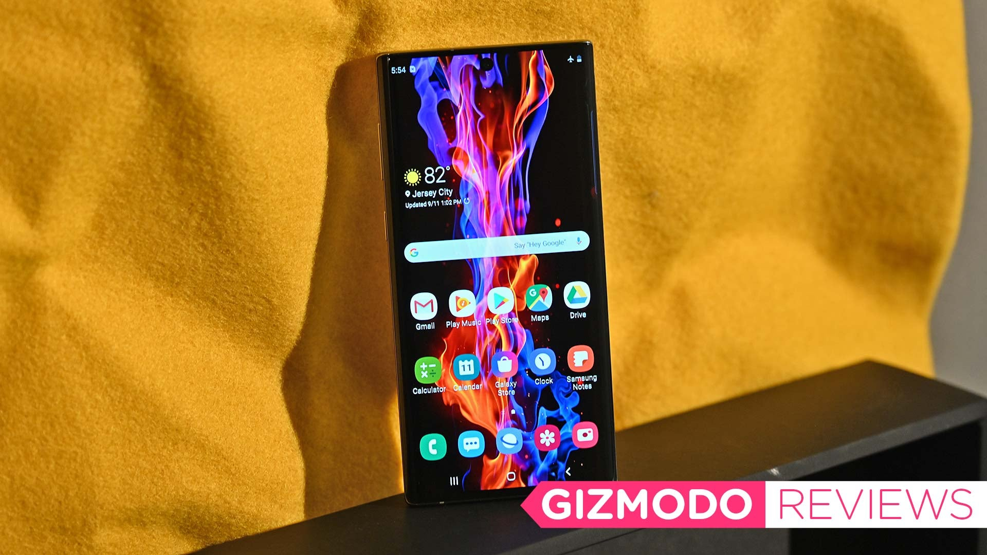 Galaxy Note 10 Review: A Smaller Note Makes For Better Handling