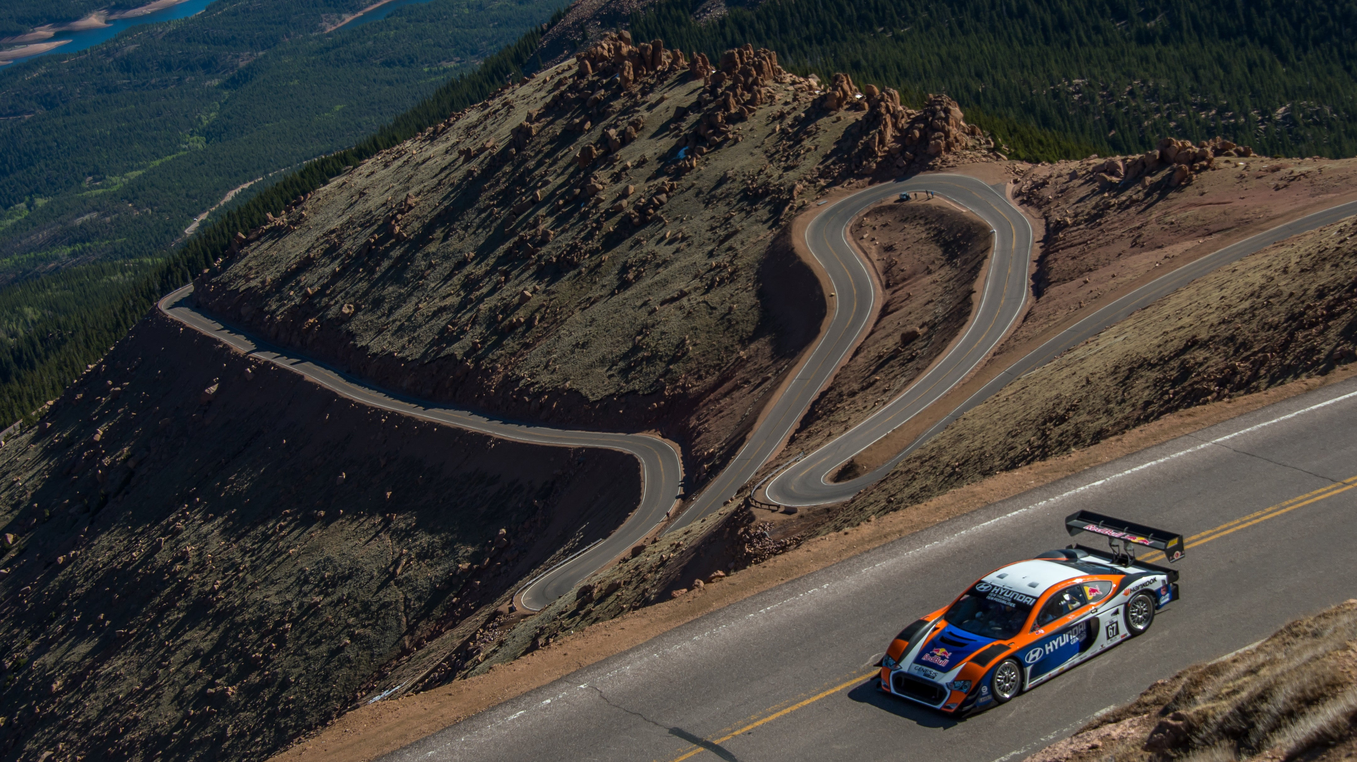 Here's What Makes The Pikes Peak Hill Climb So Dangerous
