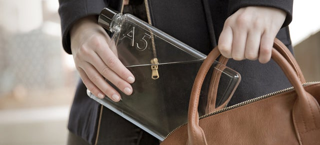 This Flat-Pack Water Bottle Can Squeeze Inside a Laptop Bag