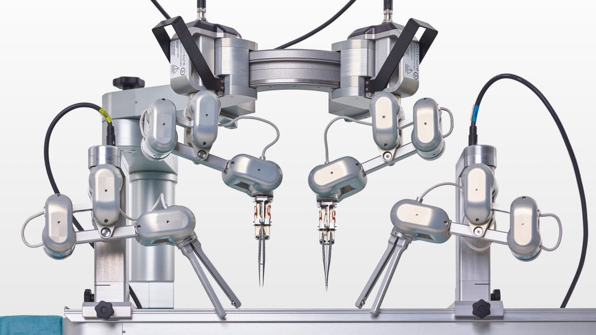 Robot That Can Perform 'Supermicrosurgery' Passes First Test In Humans