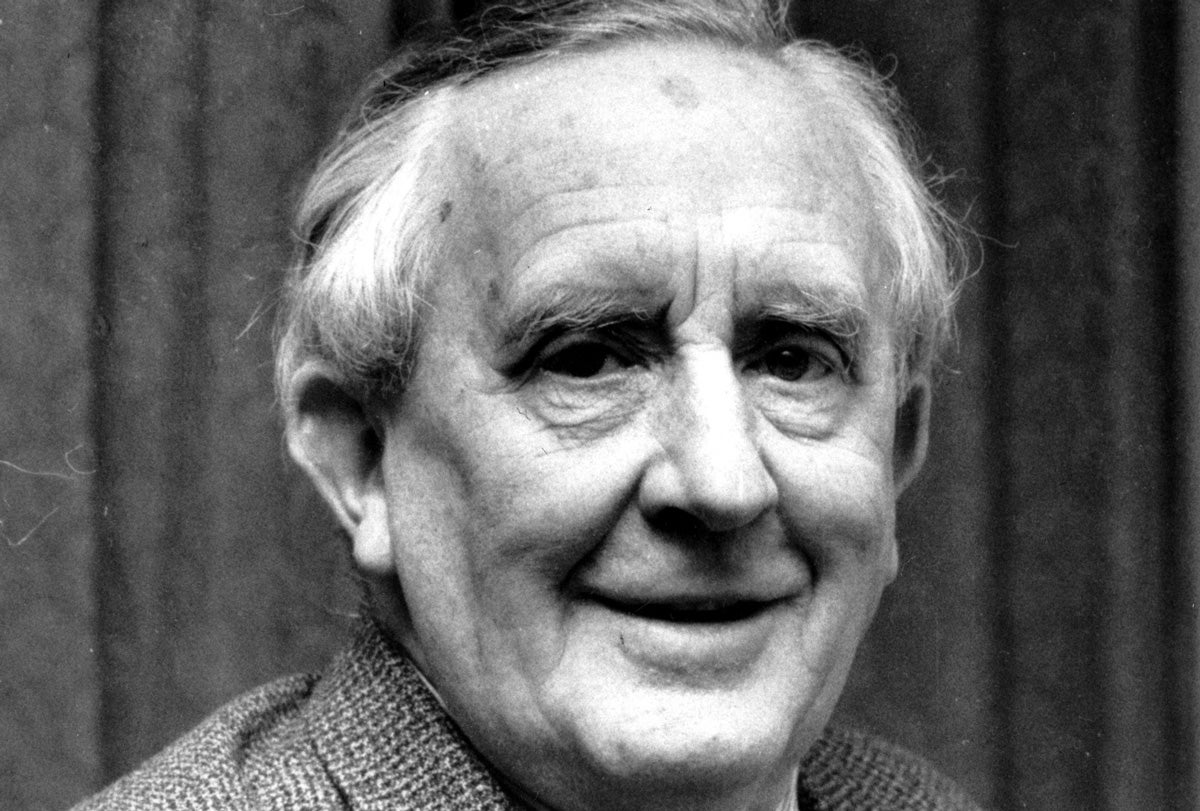 70-Year-Old Tolkien Poem To Be Republished, Will Probably Make You Cry