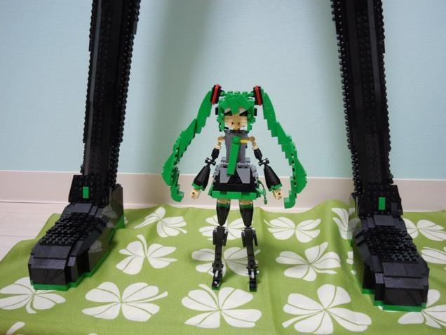 LEGO Builder Creates Life-Sized Hatsune Miku Statue