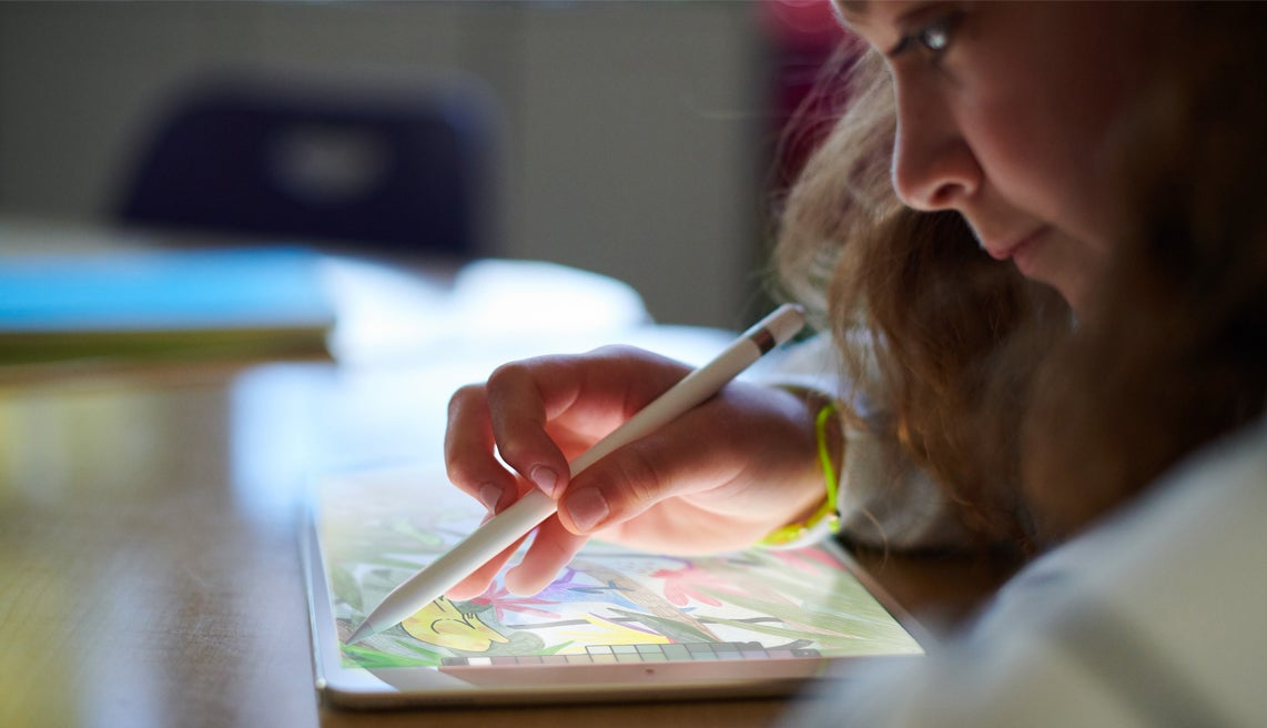 Oh Hey, There's A New iPad With Pencil Support