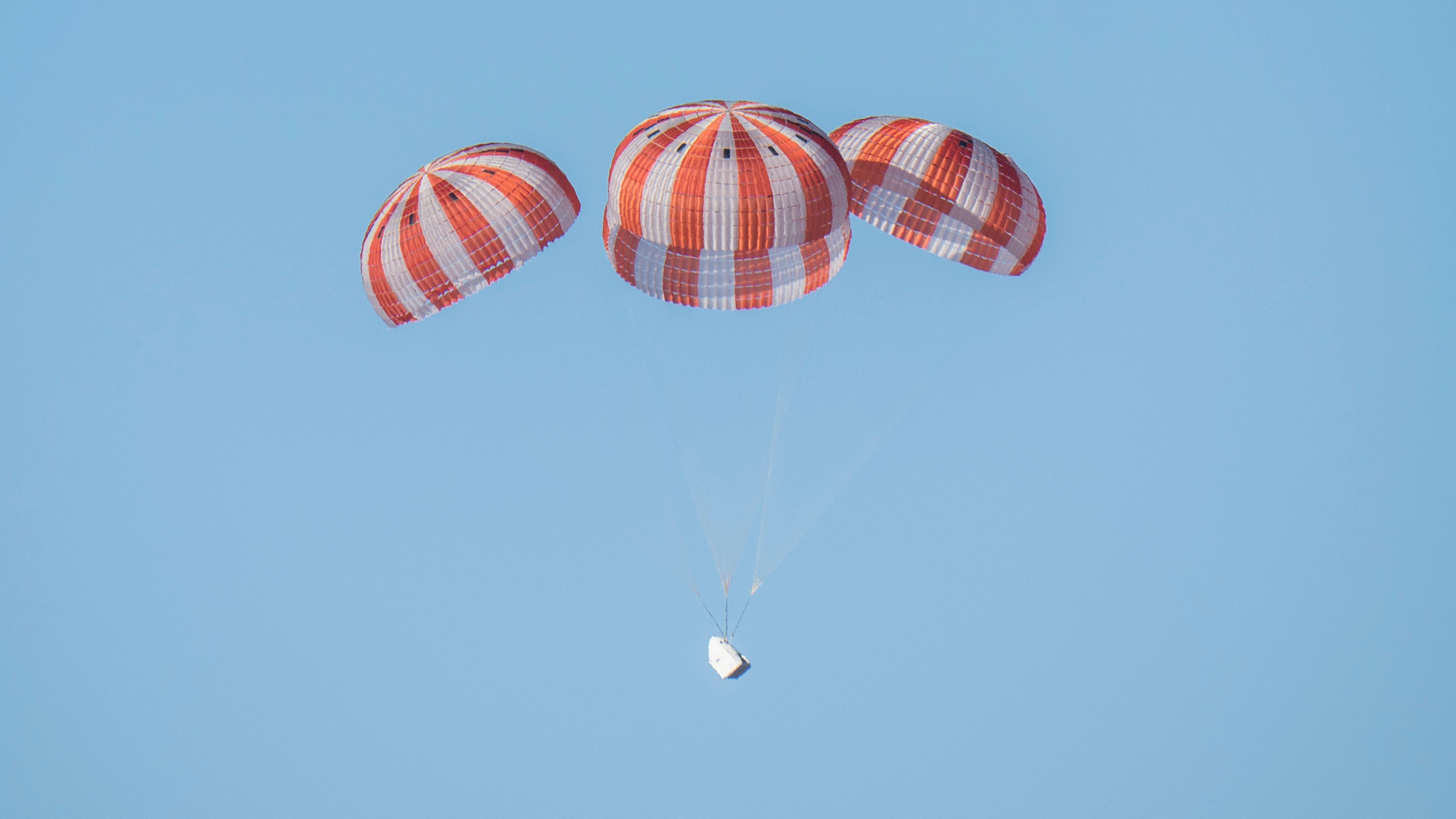 Failed SpaceX Parachute Test Is Yet Another Setback For NASA's Crew Program