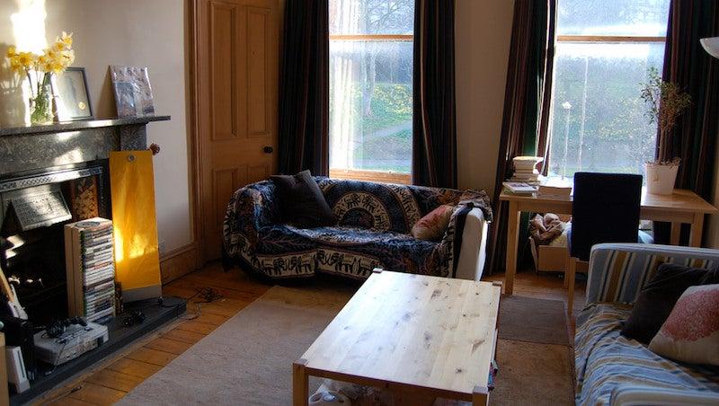 How To Make A Rental Apartment Feel Like Home